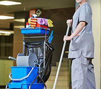 medical-cleaning 70317433-1140x546